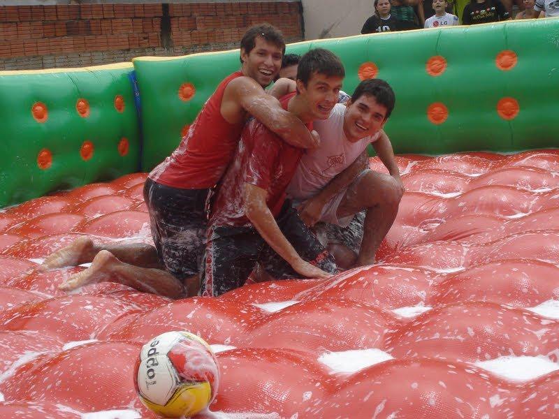 futebol-no-sabao4